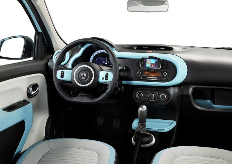 Renault-Twingo_2015_800x600_wallpaper_38