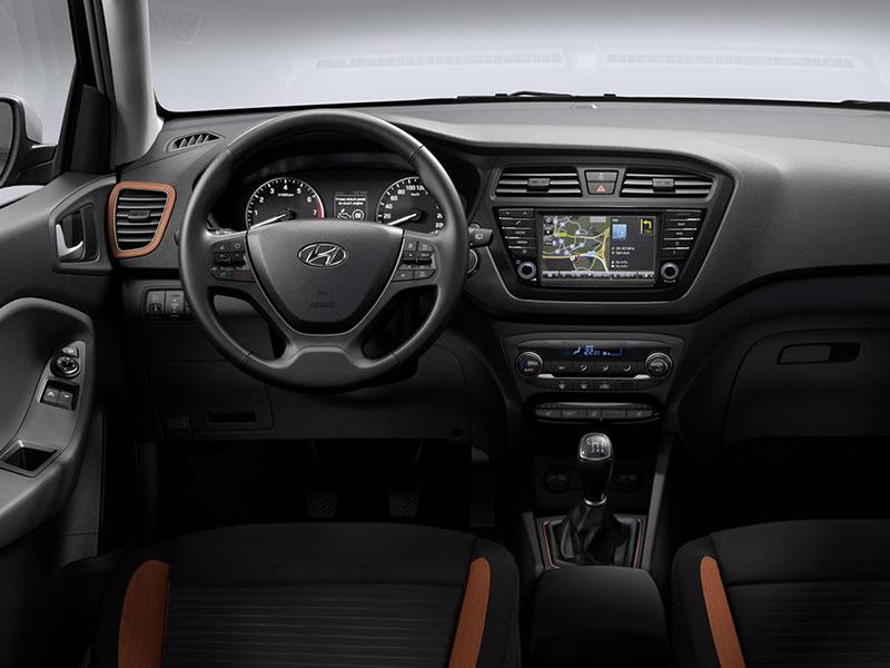 Hyundai_i20_U