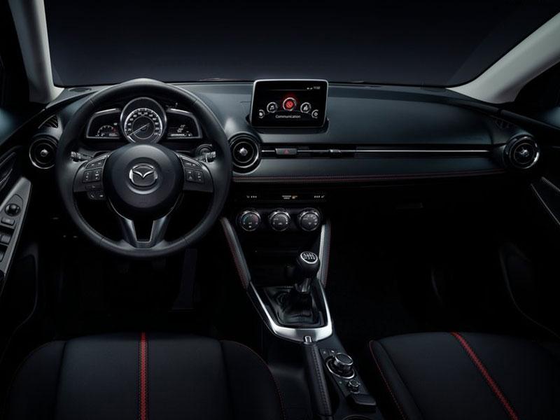 Mazda2_U